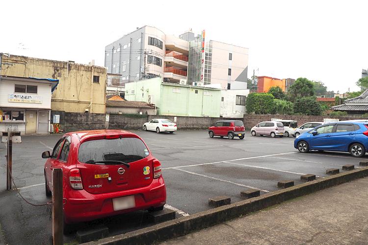 とおや駐車場